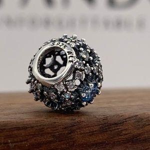 Pandora Disney openwork snowflake charm #791592CFL